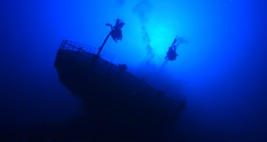 PLANNING ADVANCED DIVES: CHOOSING THE INSTRUCTOR